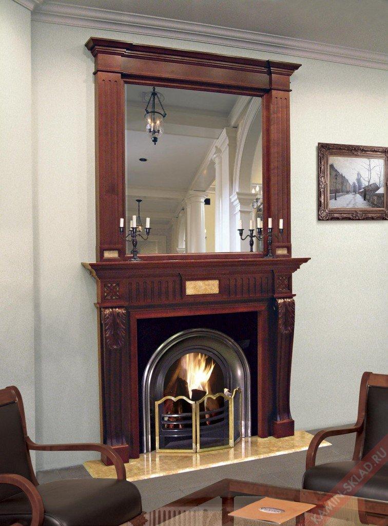 зеркало над деревянным камином